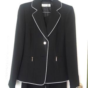 NWT Women's Black Pant Suit